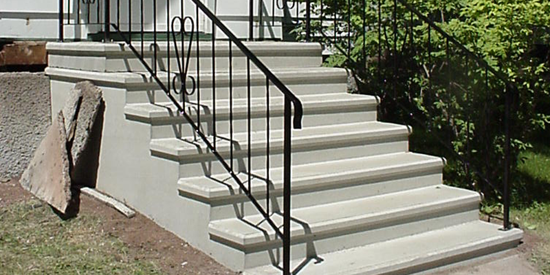 7 step with railing after image